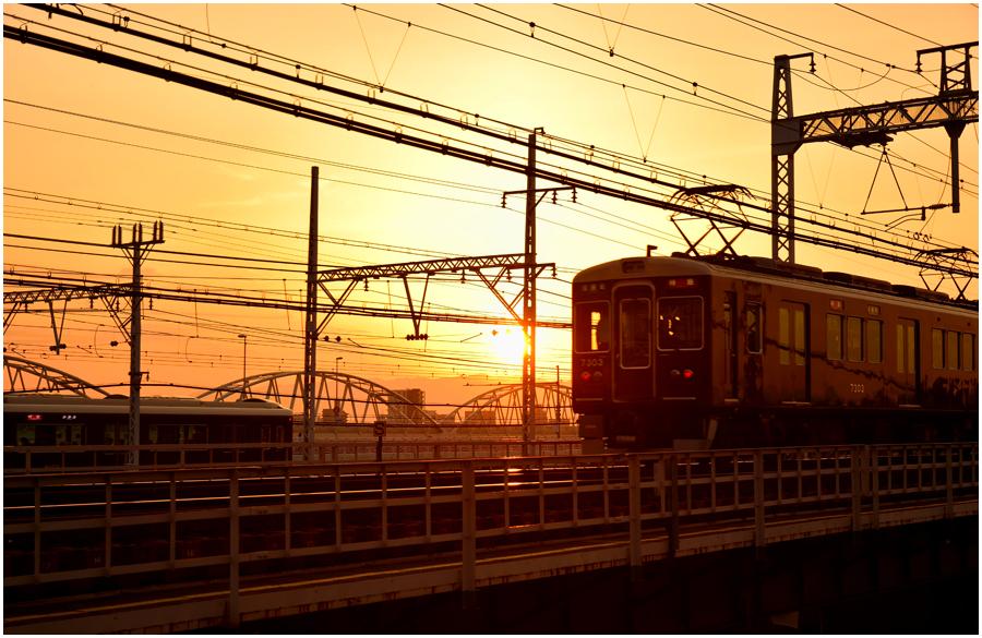 夕景と電車・助手2