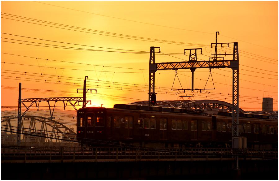 夕景と電車・助手3