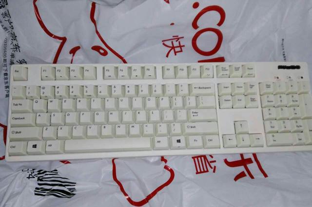 Bluetooth_Mechanical_Keyboard__04.jpg