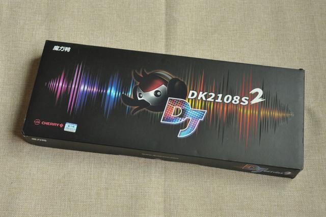 DK2108S2_01.jpg