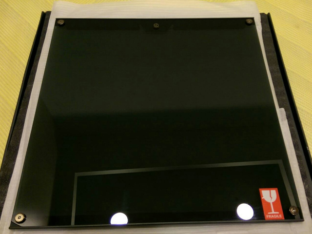 MasterCase_Glass_Panel_03.jpg