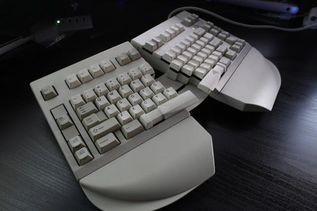 Mechanical_Keyboard70_30.jpg