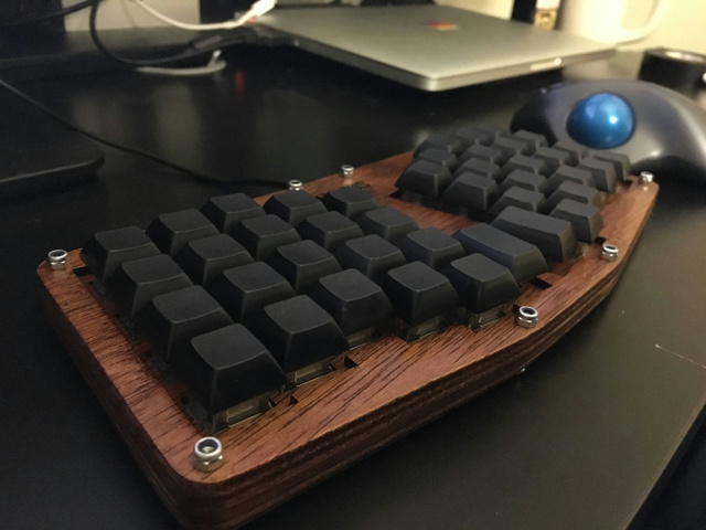 Mechanical_Keyboard72_24.jpg