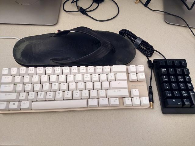 Mechanical_Keyboard76_02.jpg