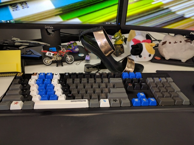 Mechanical_Keyboard76_06.jpg