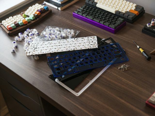 Mechanical_Keyboard77_01.jpg