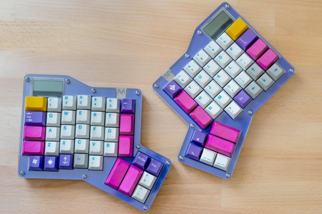 Mechanical_Keyboard77_100.jpg