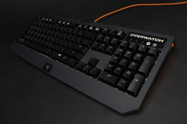 Overwatch_Razer_BlackWidow_Chroma_08.jpg