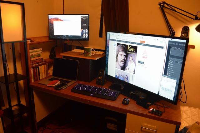 PC_Desk_MultiDisplay65_17.jpg