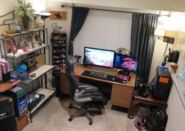 PC_Desk_MultiDisplay65_23.jpg