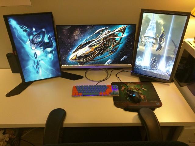 PC_Desk_MultiDisplay65_25.jpg