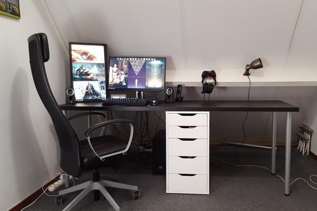 PC_Desk_MultiDisplay65_49.jpg