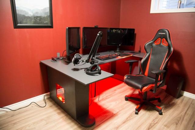 PC_Desk_MultiDisplay65_56.jpg