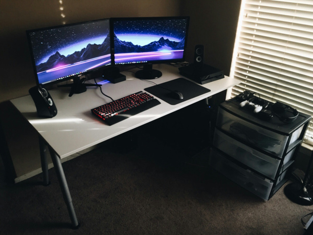 PC_Desk_MultiDisplay65_60.jpg