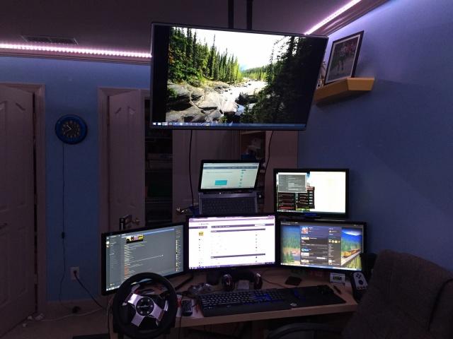 PC_Desk_MultiDisplay65_64.jpg