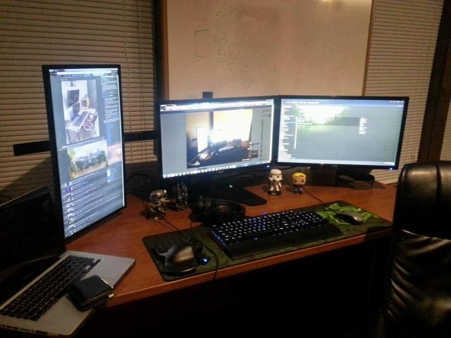 PC_Desk_MultiDisplay65_68.jpg
