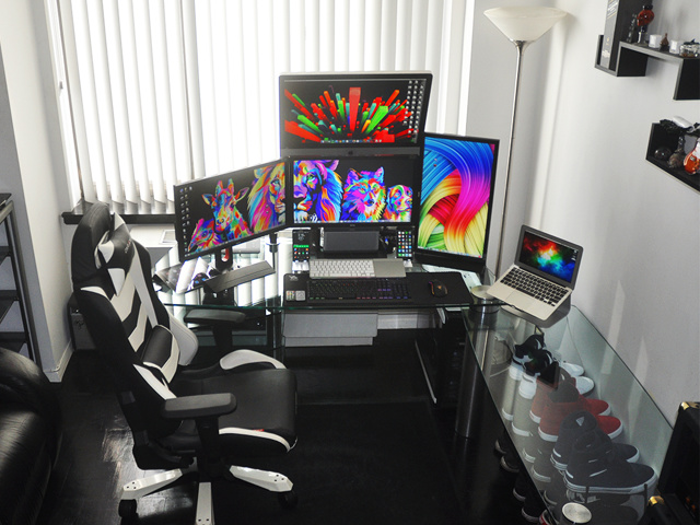 PC_Desk_MultiDisplay66_01.jpg