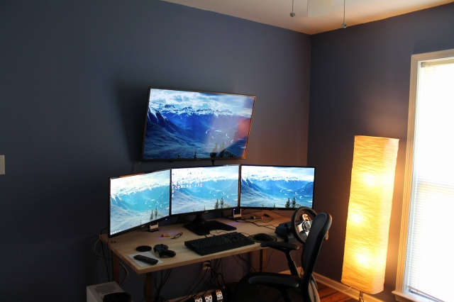 PC_Desk_MultiDisplay66_05.jpg