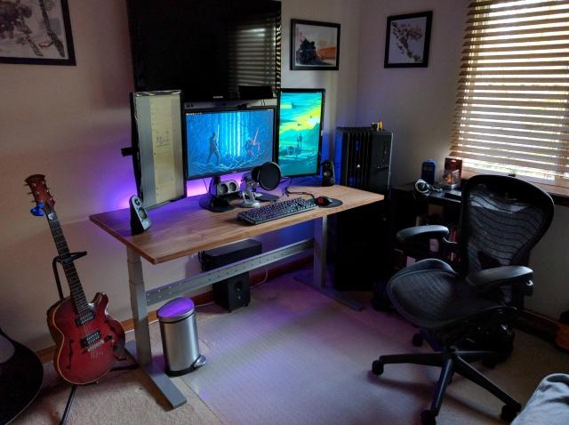 PC_Desk_MultiDisplay67_04.jpg