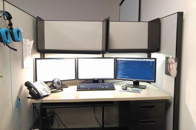 PC_Desk_MultiDisplay67_06.jpg