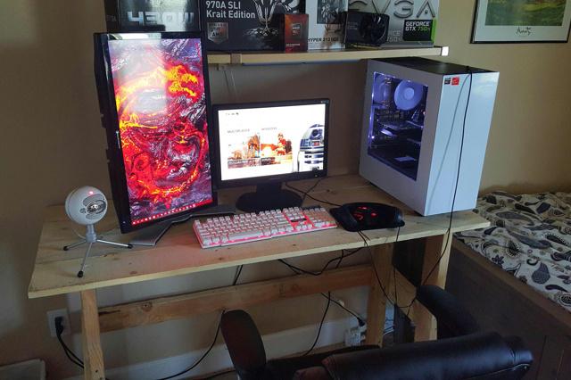 PC_Desk_MultiDisplay67_13.jpg