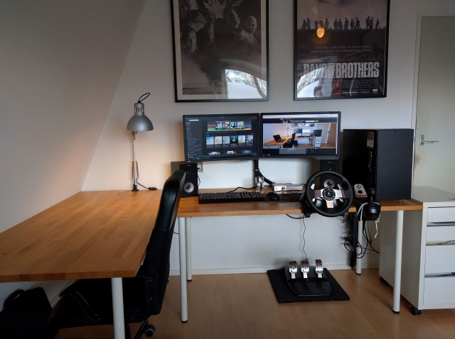 PC_Desk_MultiDisplay67_19.jpg