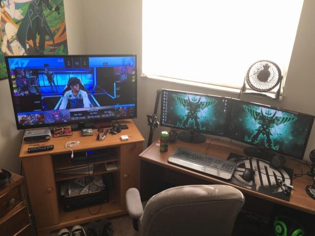 PC_Desk_MultiDisplay67_34.jpg
