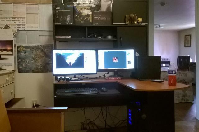 PC_Desk_MultiDisplay67_36.jpg