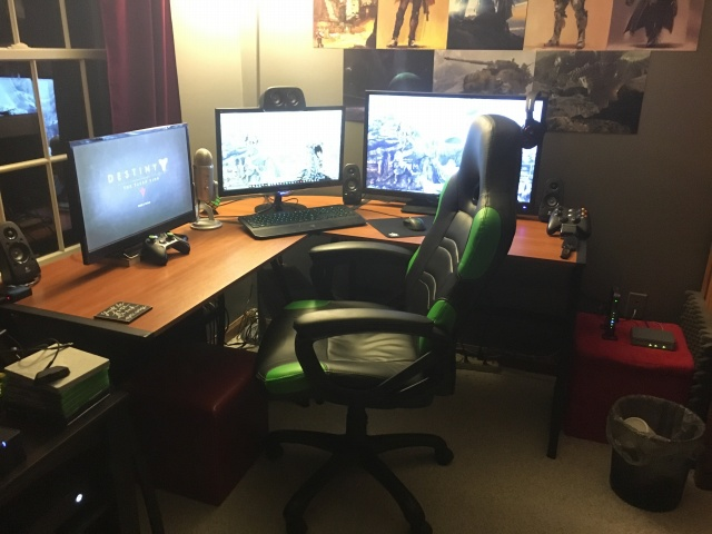 PC_Desk_MultiDisplay67_61.jpg