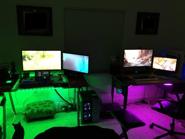 PC_Desk_MultiDisplay67_85.jpg
