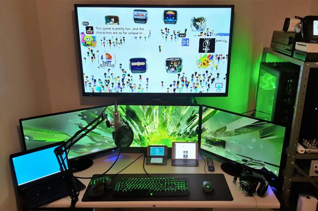 PC_Desk_MultiDisplay67_96.jpg