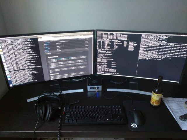 PC_Desk_MultiDisplay69_03.jpg