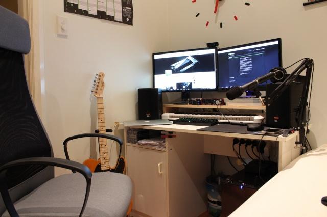 PC_Desk_MultiDisplay69_12.jpg