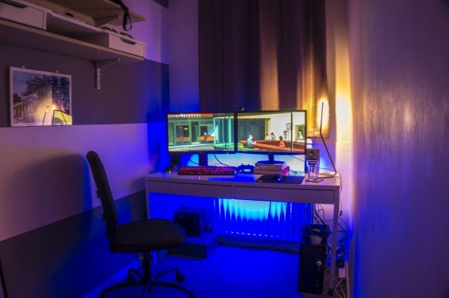 PC_Desk_MultiDisplay69_21.jpg