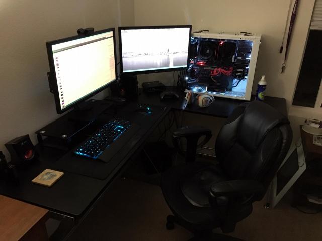 PC_Desk_MultiDisplay69_38.jpg