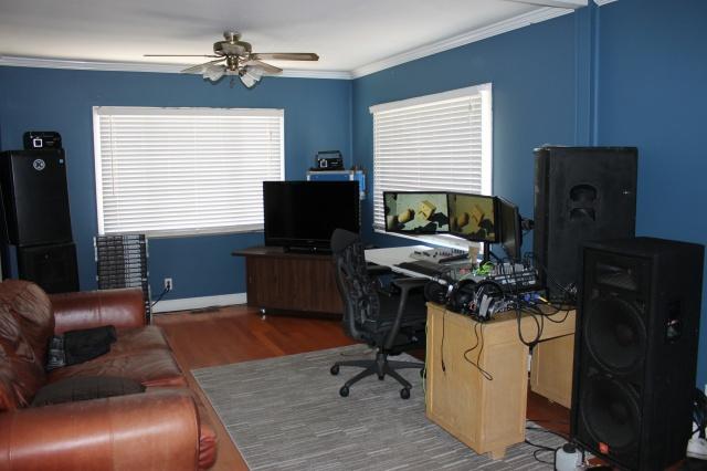 PC_Desk_MultiDisplay69_63.jpg