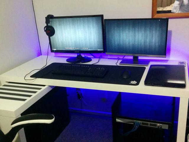 PC_Desk_MultiDisplay69_64.jpg