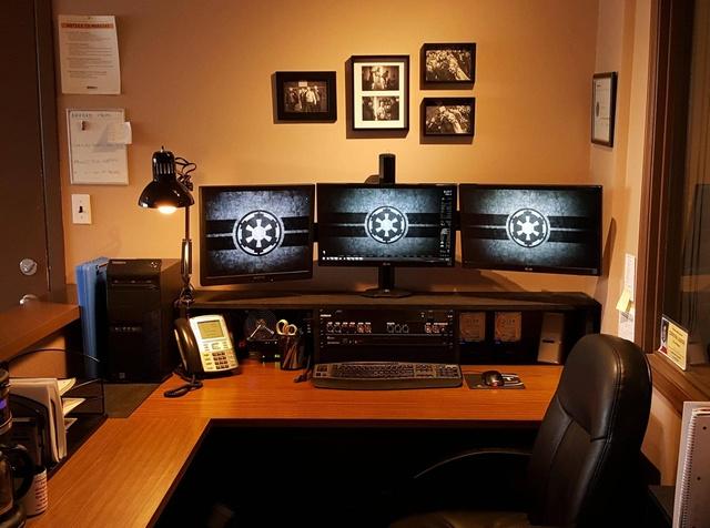 PC_Desk_MultiDisplay69_80.jpg