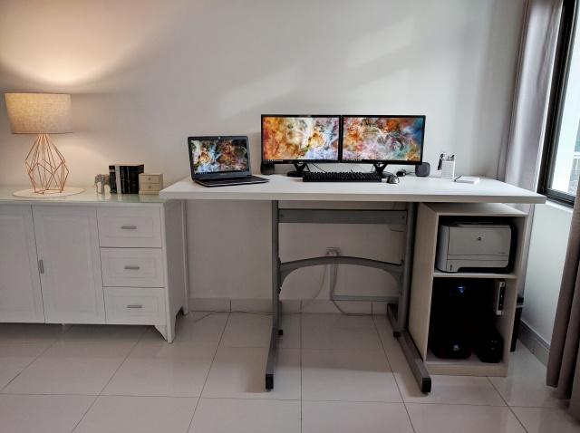 PC_Desk_MultiDisplay69_86.jpg