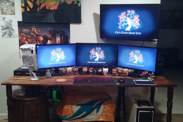 PC_Desk_MultiDisplay70_49.jpg