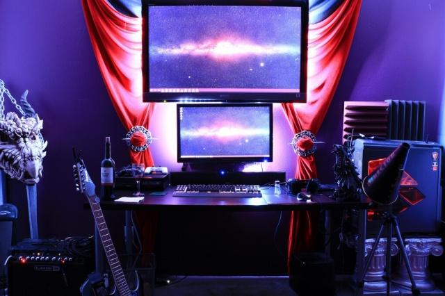 PC_Desk_MultiDisplay74_10.jpg