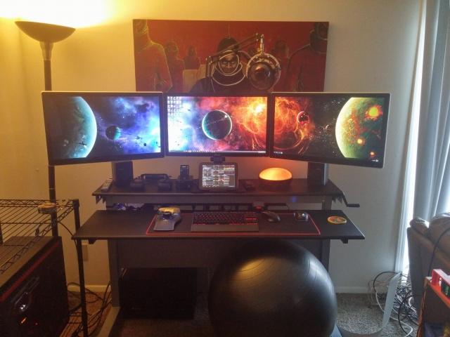 PC_Desk_MultiDisplay74_39.jpg