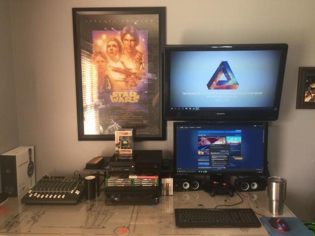 PC_Desk_MultiDisplay74_44.jpg