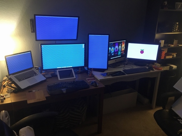 PC_Desk_MultiDisplay74_68.jpg