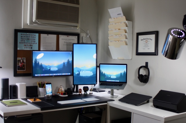 PC_Desk_MultiDisplay75_94.jpg