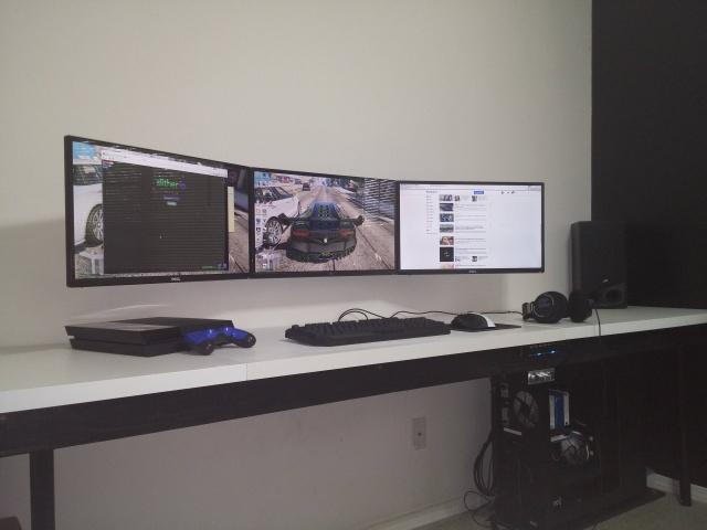 PC_Desk_MultiDisplay76_47.jpg