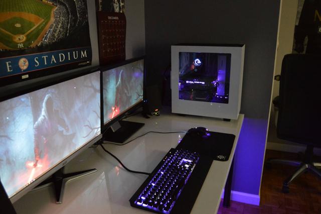 PC_Desk_MultiDisplay76_91.jpg