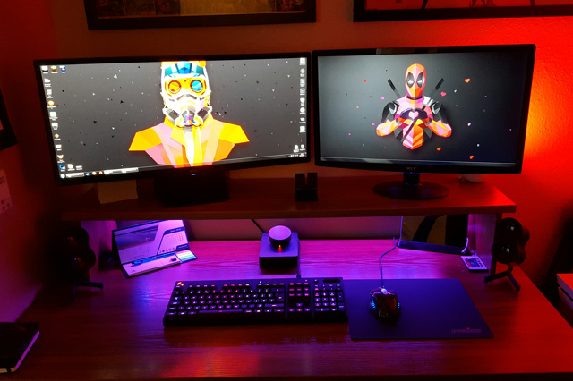 PC_Desk_UltlaWideMonitor10_15.jpg