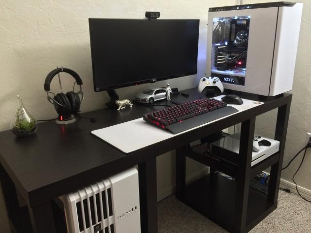 PC_Desk_UltlaWideMonitor10_28.jpg