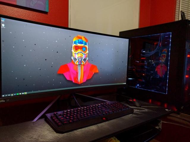 PC_Desk_UltlaWideMonitor10_37.jpg